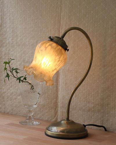 アンティーク風テーブルランプ(1灯) / 輸入家具の専門店:アピタス